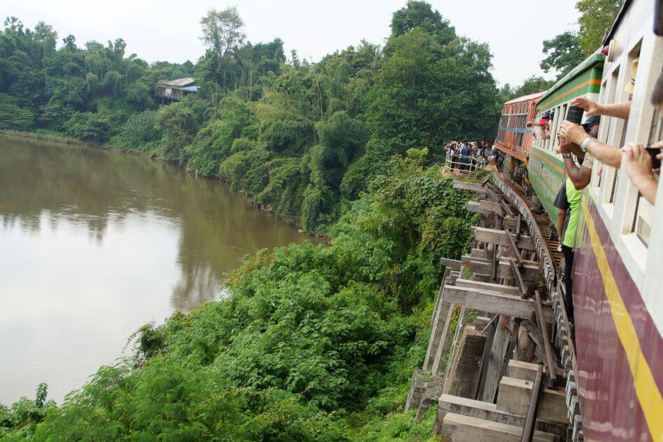 Brug over de River Kwai in Kanchanaburi