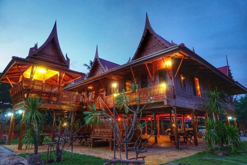 Athithara Homestay Ayutthaya Thailand