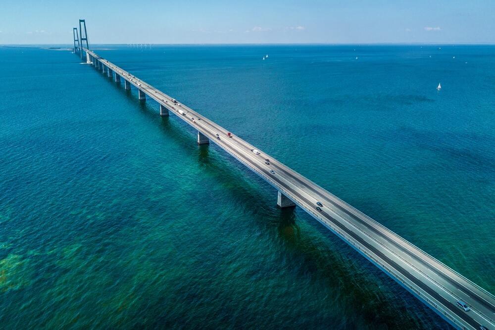 Brug van Denemarken naar Zweden Great Belt Bridge