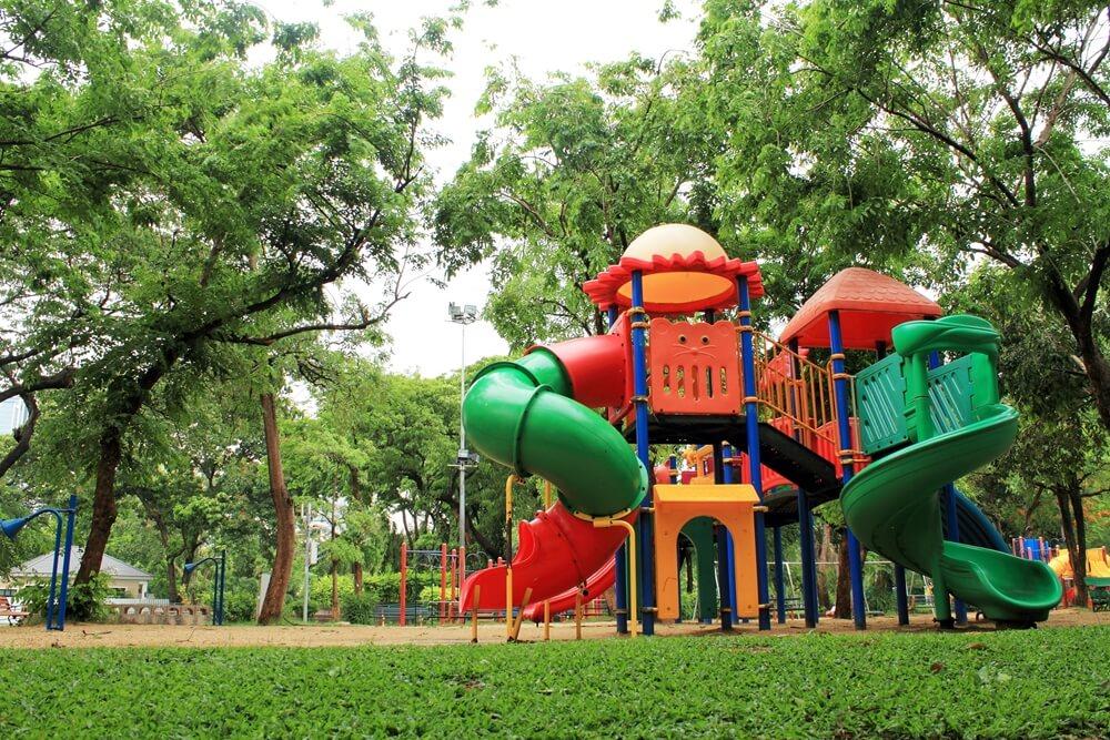 Thailand Bangkok Speeltoestellen in Lumpini Park